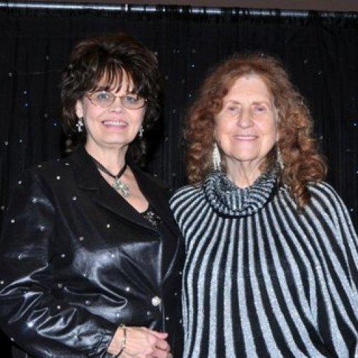 Marura & Peggy